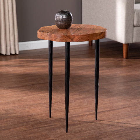 Yeaveley Round Accent Table