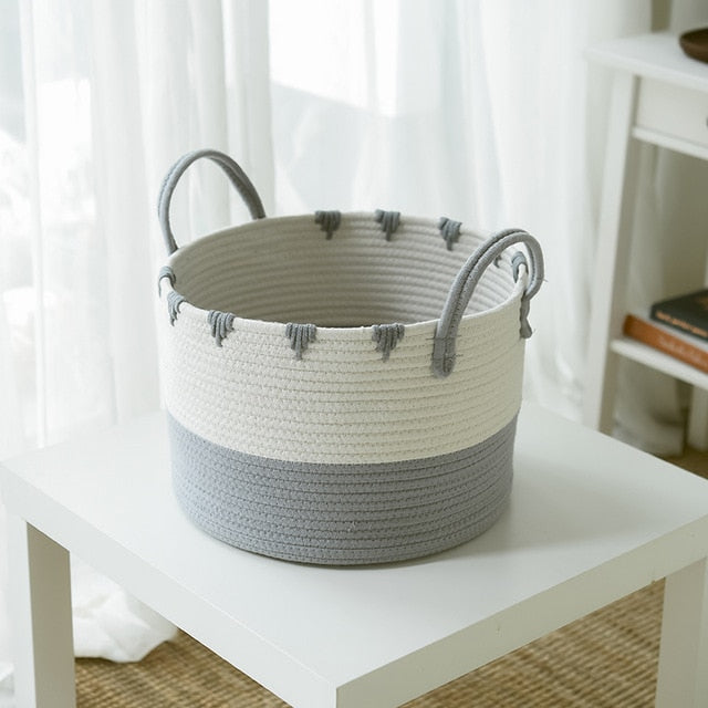 LOLA Wicker Basket