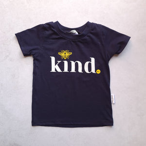 T-Shirt : Bee Kind