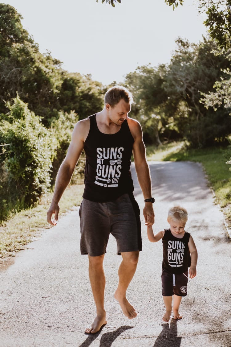 Adult: Suns Out Guns Out (3XL only)