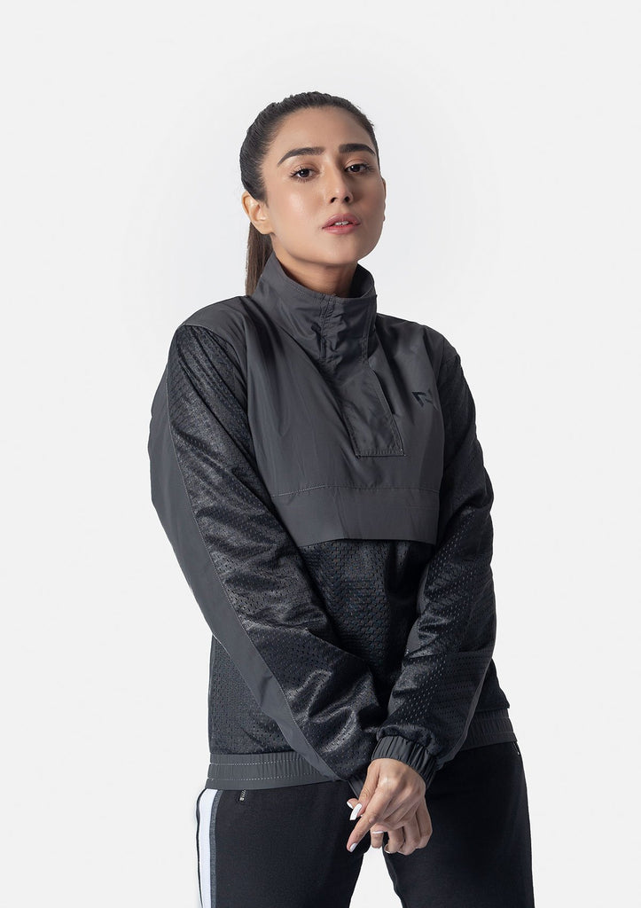 BLACK MESH SUPERSOFT WINDRUNNER