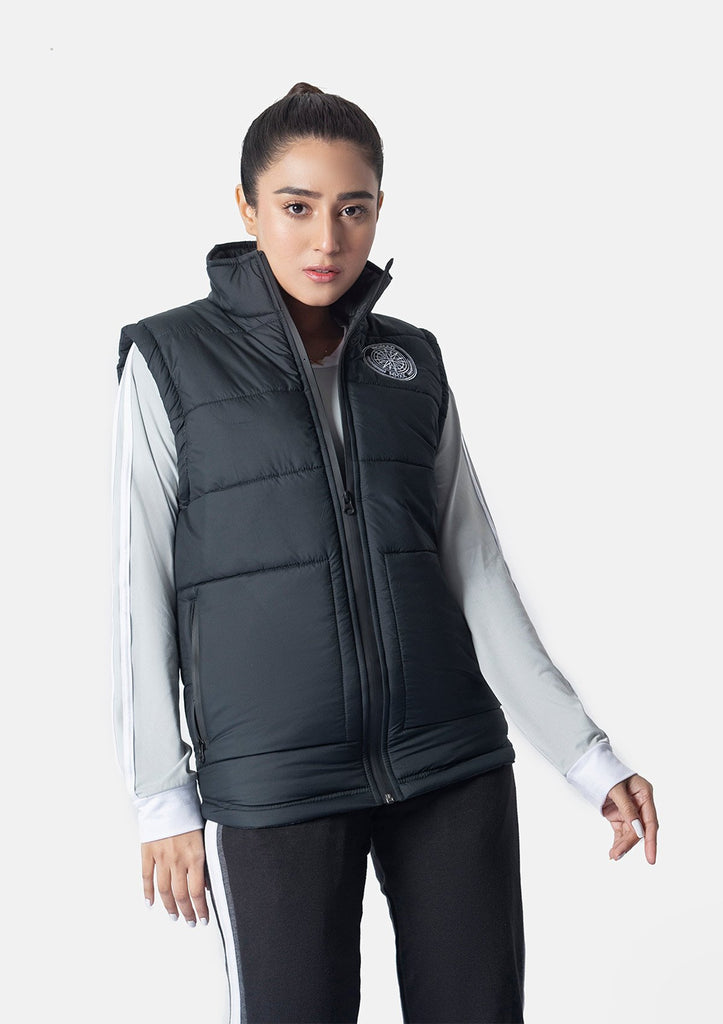 BLACK SLEEVELESS WINDBREAKER