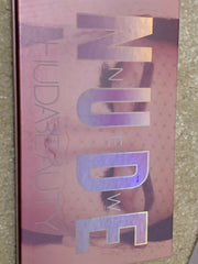 Brand new Huda beauty Nude eyeshadow palette