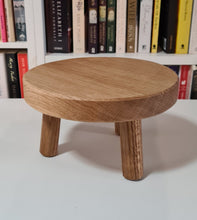 Load image into Gallery viewer, Solid Oak Low Stand 22cm