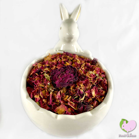 Rosebuds and petals, dried and organic for rabbits, guinea pigs, chinchillas, hamsters, degus and gerbils