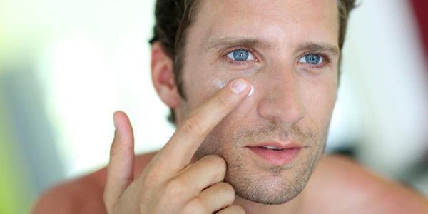 Adult Acne In Men What It Is Causes Of Adult Acne And How