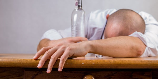3 Men's Grooming Secrets to Hide Your Hangover