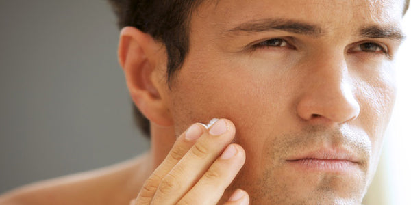 How to Remove Wrinkles, Bags, and Dark Circles Under the Eyes in Men