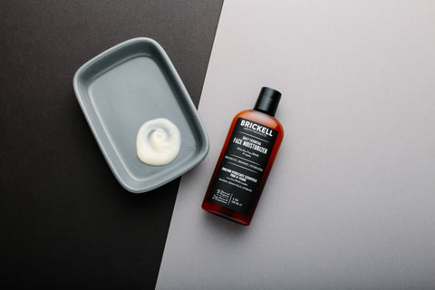 lightweight face moisturizer for men