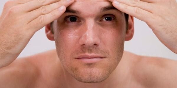Skin care routine for men with sensitive or dry skin