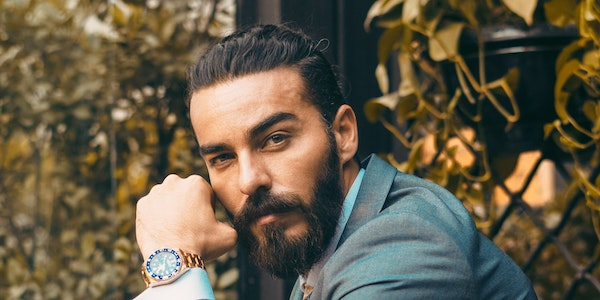 Pomade Vs. Hair Styling Gel For Men: Which Is Right For You?