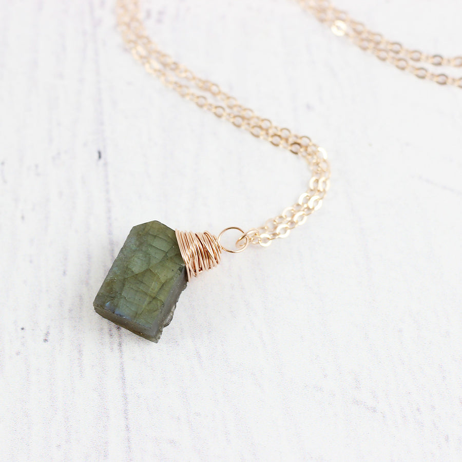 Raw Labradorite Rose Gold Pendant Necklace