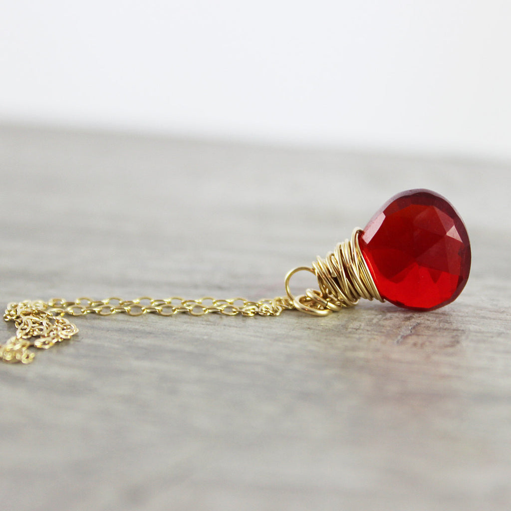 Apple Red Quartz Gold Pendant Necklace