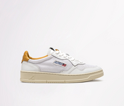 AUTRY - SNEAKERS LOW IN PELLE BIANCO - TAG SENAPE