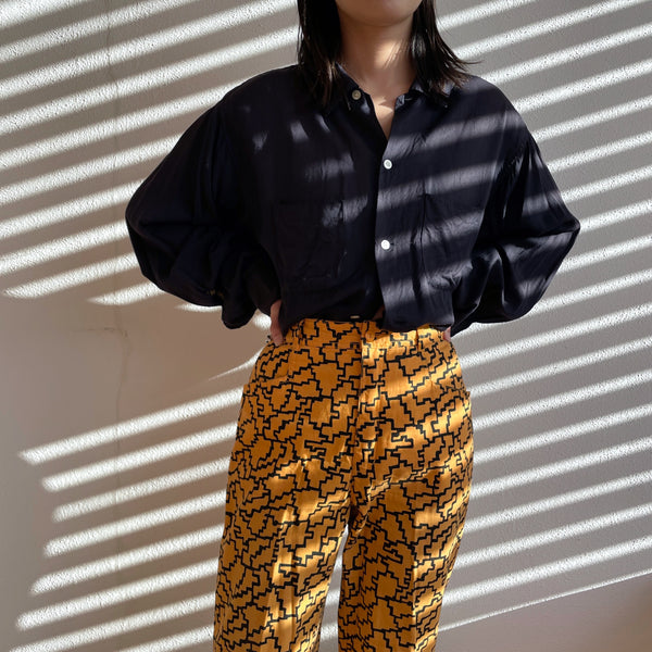 80's geometric design tapered trouser