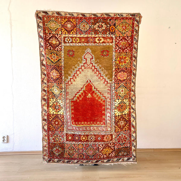 Antique Turkish  Kirsehir hand made rug