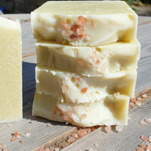 Load image into Gallery viewer, Irish moss Soap 1