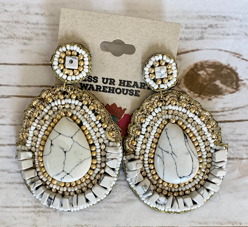 White Marble with Gold Bead EAR232