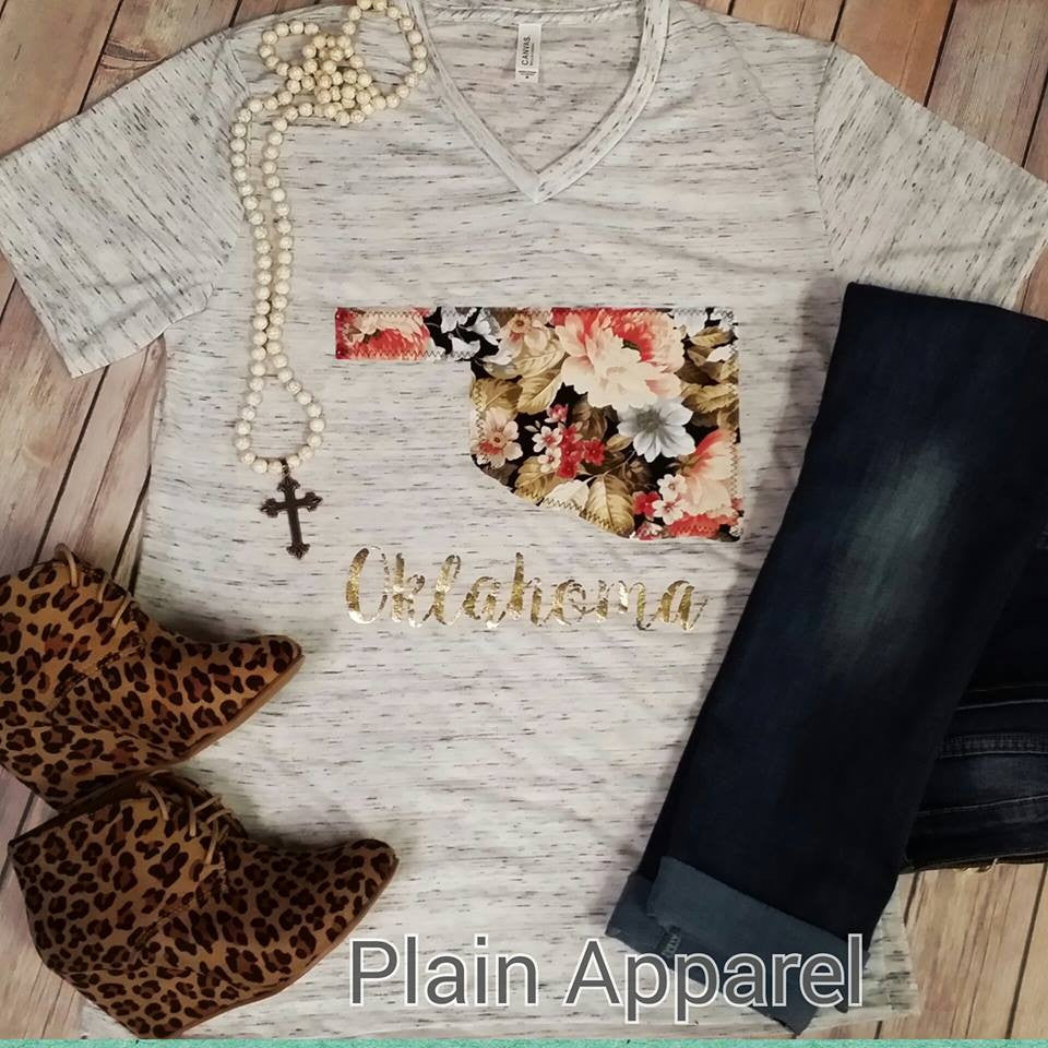 Forever Floral Oklahoma V-Neck Top - Bless UR Heart Boutique