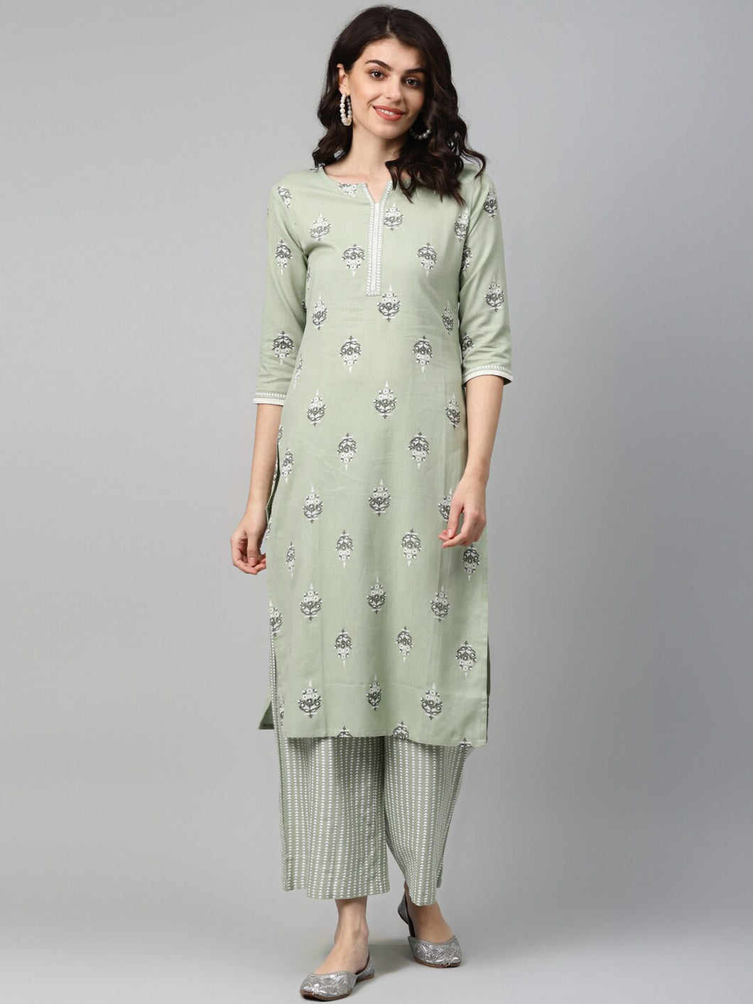 Women Green Printed Kurta with Palazzos