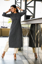 Load image into Gallery viewer, Yufta Women Black and White Yarn Dye Straight Kurta