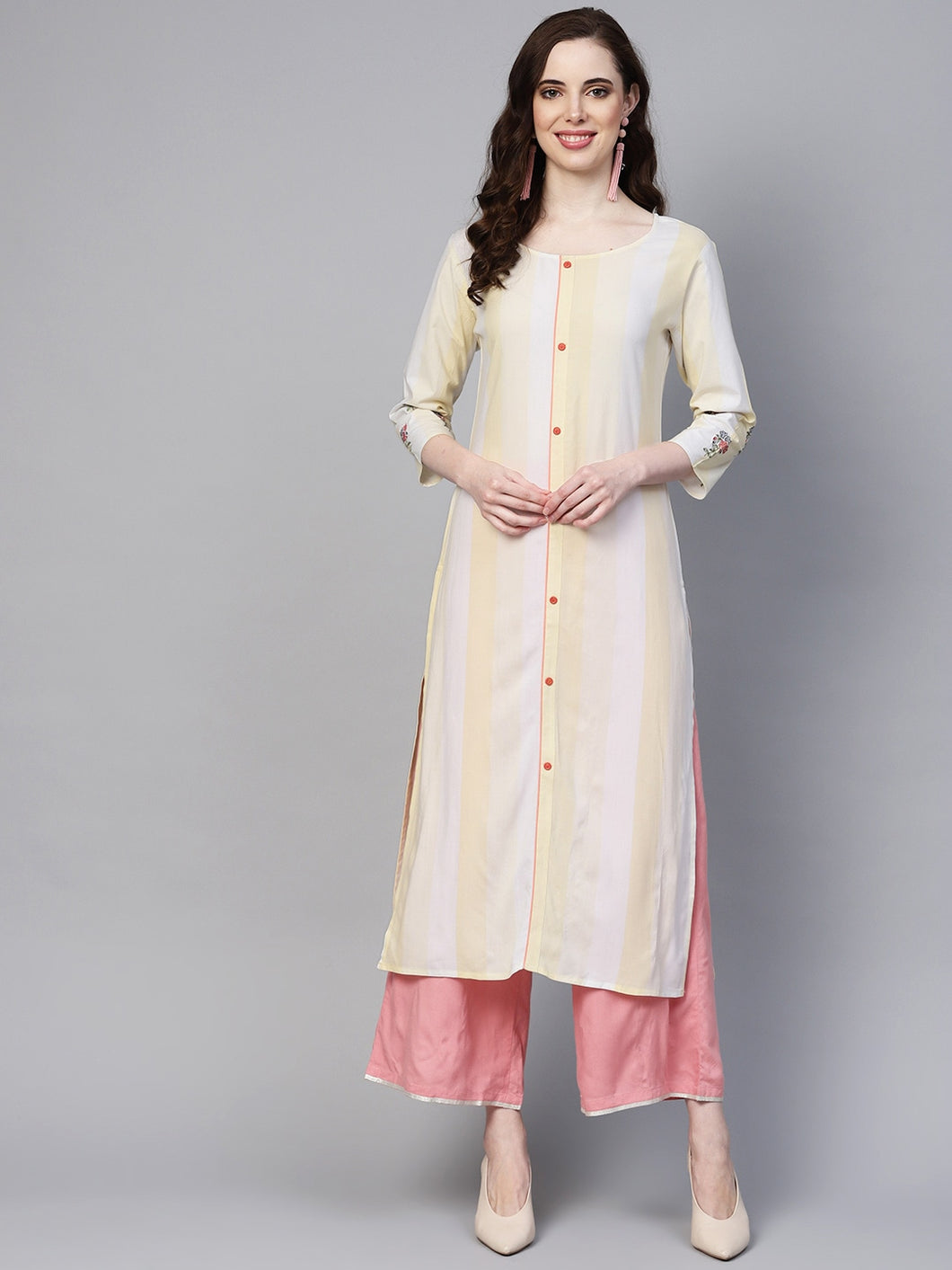 Yufta Women Off-White & Yellow Striped Straight Kurta