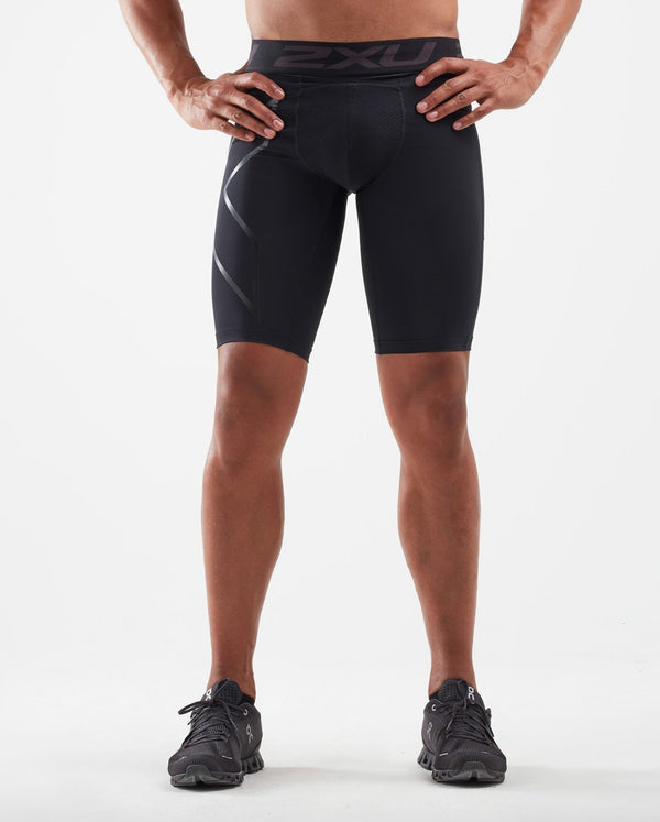 ACCELERATE Comp Shorts