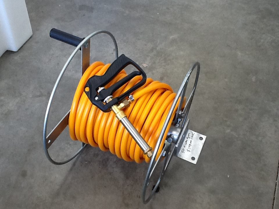 Powdercoated Hose Reel with 50mtr x10mm Hose & Spot 300 Gun