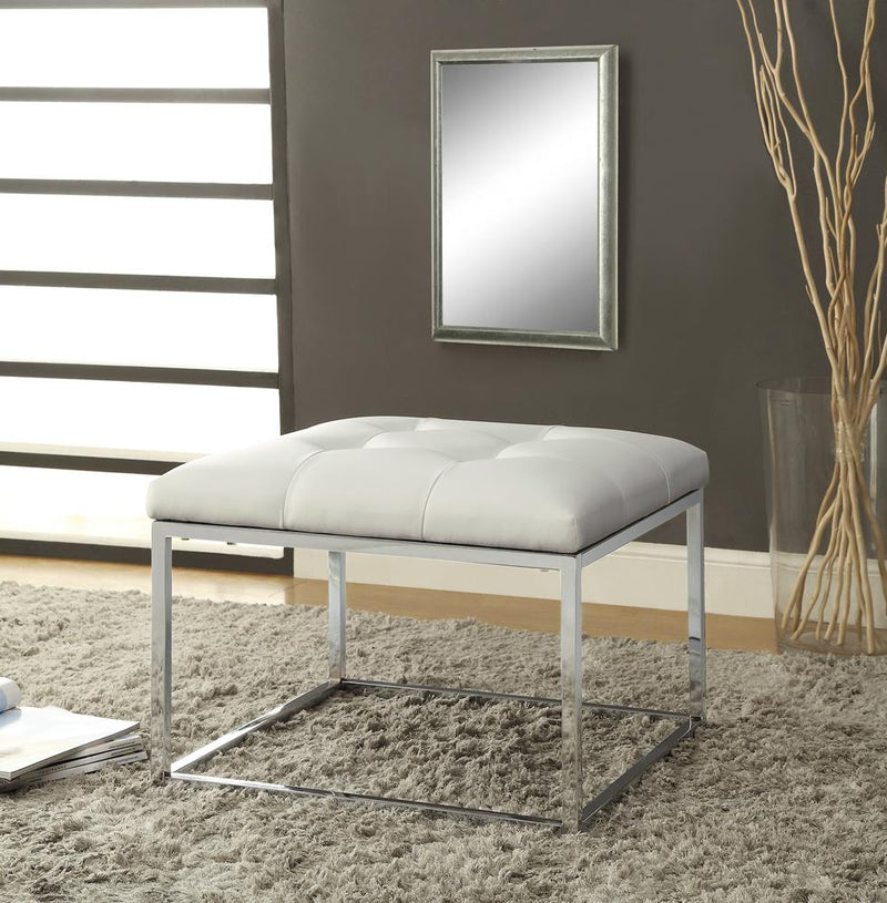 G500423 Contemporary White and Chrome Ottoman image
