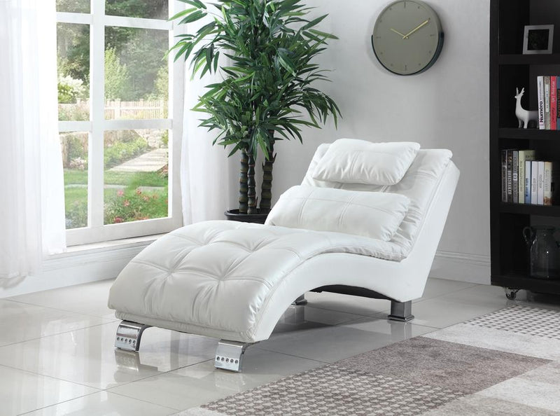 Dilleston Contemporary White Chaise image