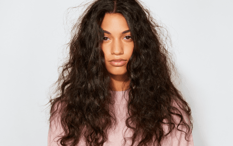 Is Gussi safe for damaged hair?