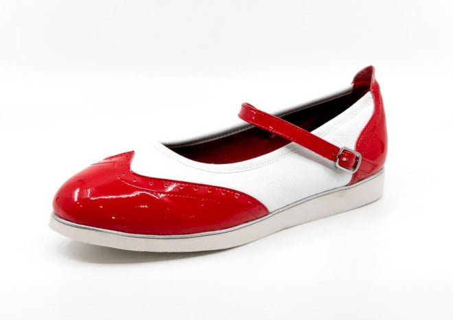 Ladies premium red & white wingtip style classic rock'n'roll dance flats by My Juju Dance Fever.   Hand crafted with carefully selected genuine leather for upper and inner   Single strap with elastic buckle for a stronger hold and added movement   Elegant, closed-toe wingtip design   Flat cushioned, smooth rubber sole enables you to dance on all surface types!  Super lightweight for fast movements on the dance floor.  Gel innersole for long lasting cushioned support   Stylish & comfortable design with fanta