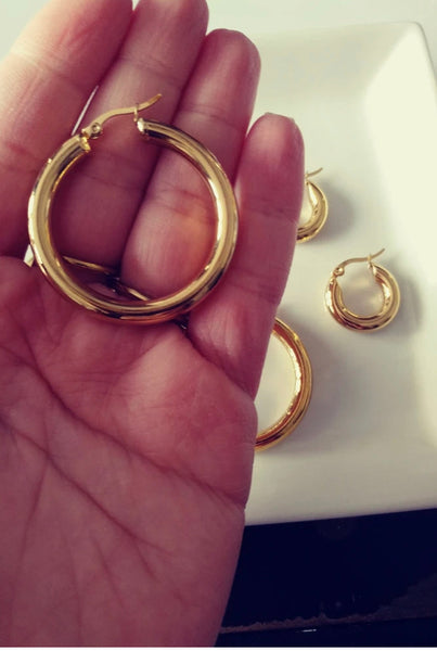 Atelier SYP - Gold Hoop Earing (available in silver)