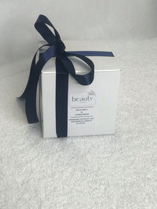 The Beauty Theory Holiday Candle