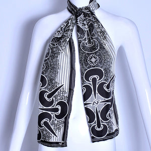 Open image in slideshow, Elegant unisex Long Scarf, made with 100% Italian Silk will look good for any occasion day or night.