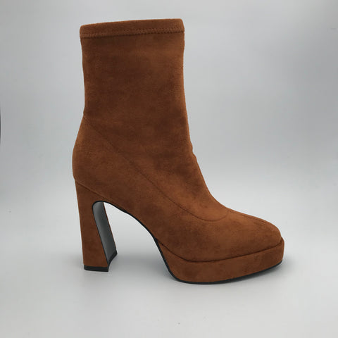 BB.GG square toe & Square high heels boots