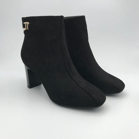 BB.GG Square toe classic low heels ankle boots