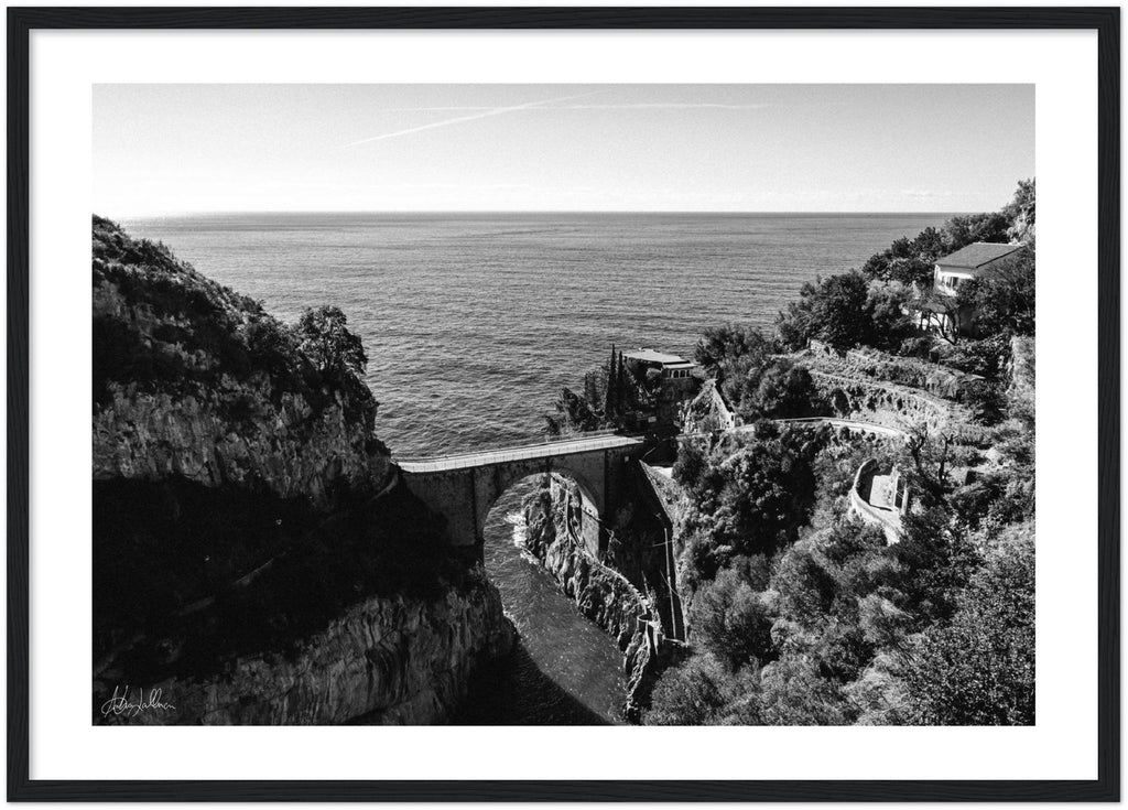 """The Bridge"" Furore B&W - Wooden Framed Print"