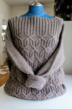 Widow's Kiss sweater knit in 02 undyed wool/cotton