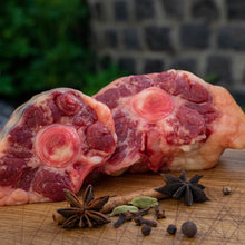 Lade das Bild in den Galerie-Viewer, WAGYU OXTAIL