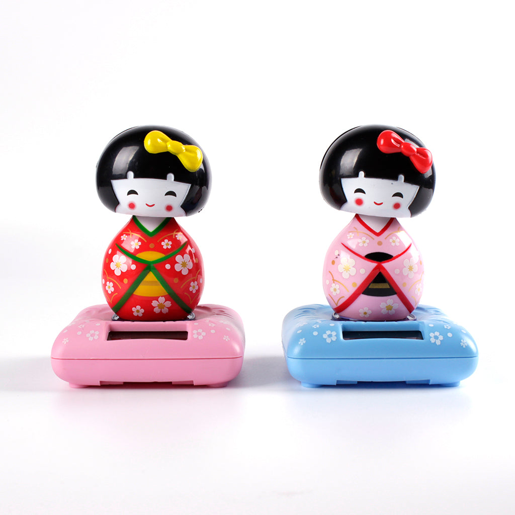 Solar Powered Bobble Shaking Head Dancing Toy Japanese Kokeshi Doll Figurines Statues