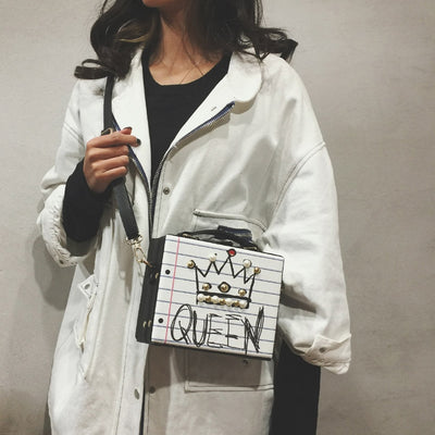 Queen Vera Shoulder Bag