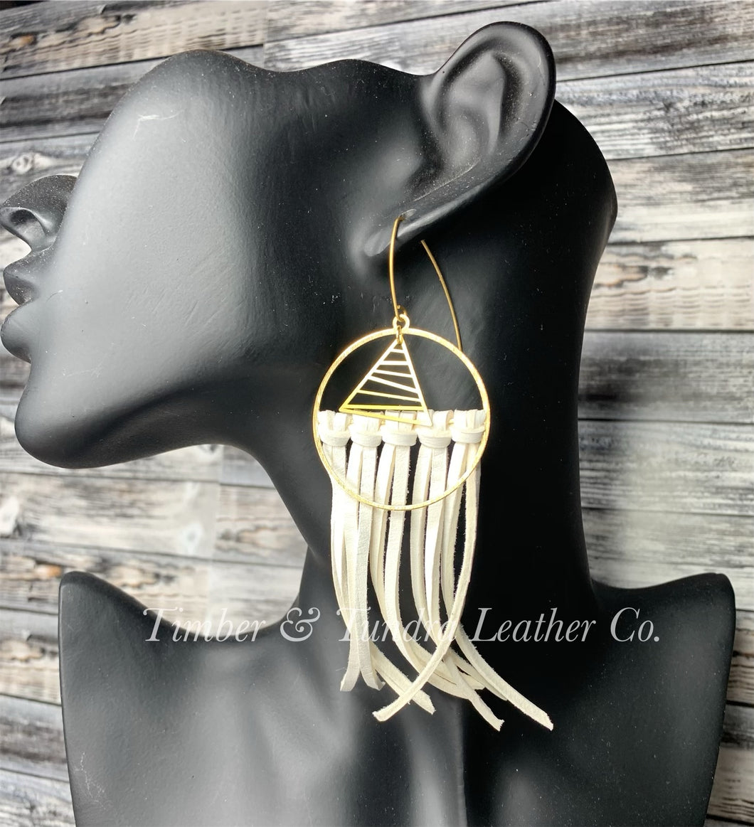 Mountain Mama Leather Fringe Earrings -Short length