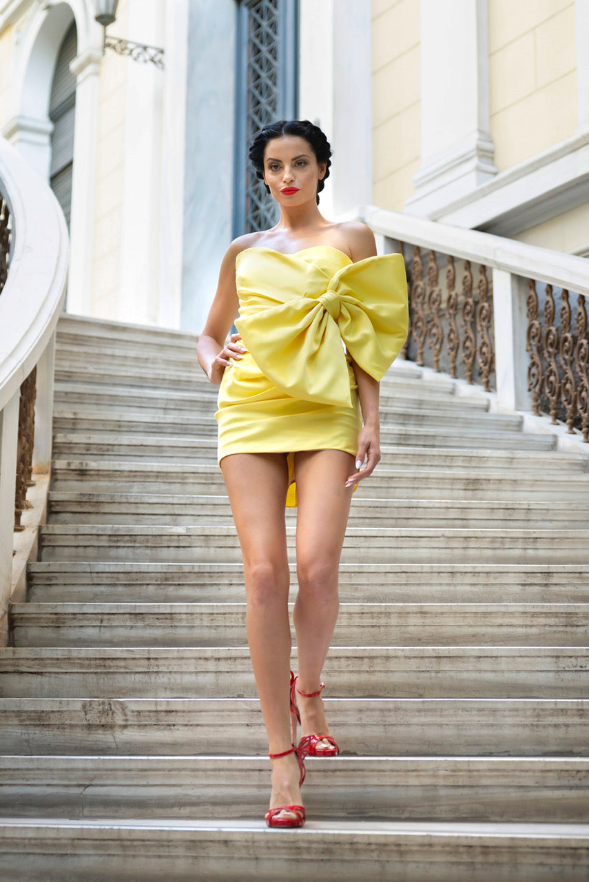 Yellow short dress couture