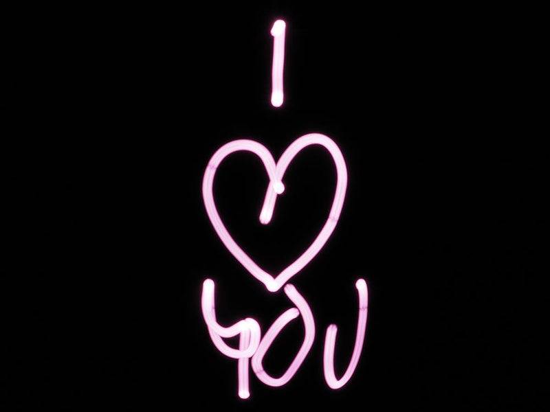 neon-sign-i-love-you