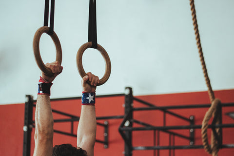 cross-fit-gymnastic-rings