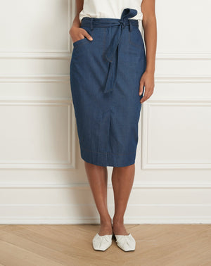 Load image into Gallery viewer, Denim pencil skirt with pockets and belt