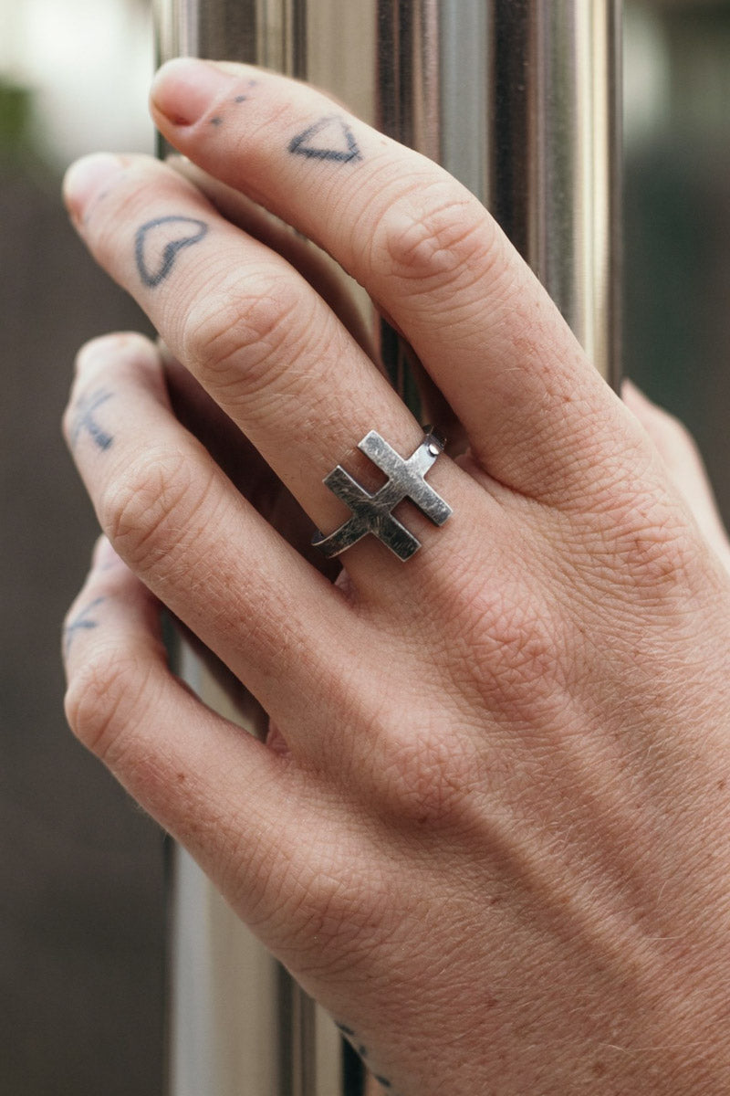 "HEX ""H"" Ring  (925 Silver)"