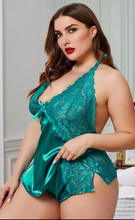 Load image into Gallery viewer, Plus size satin 2pc short set