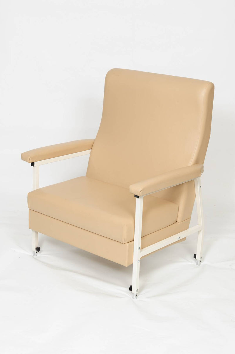 CLARENCE WIDE HIGHBACK CHAIR